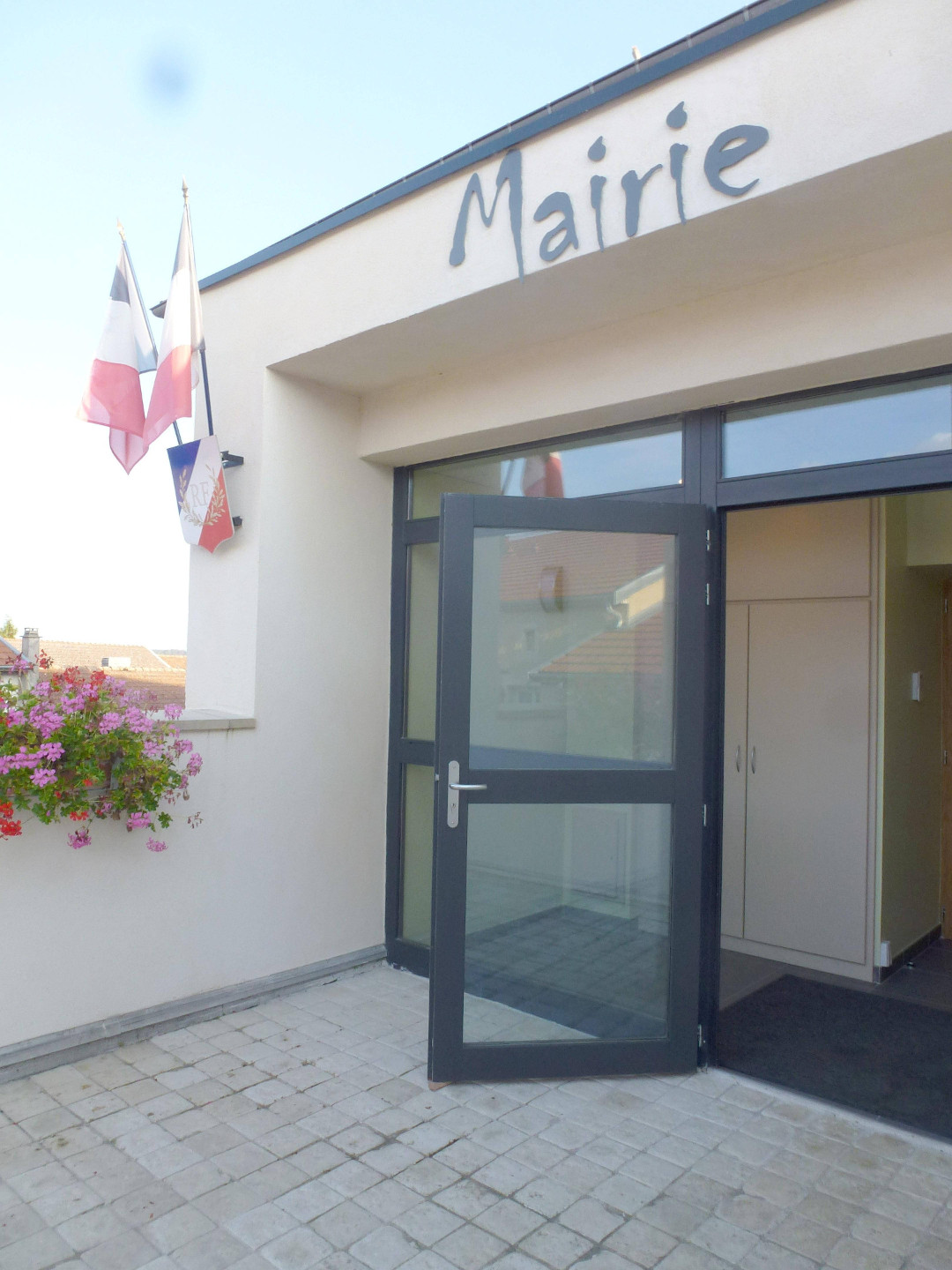 mairie grand nouvelle
